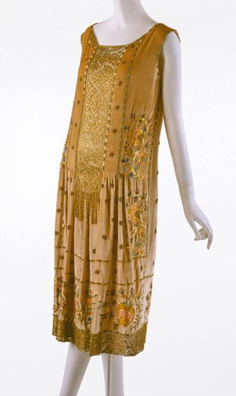 Jean-Patou-1925-silk-gold
